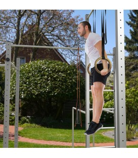 Neverest Calisthenics-Station Turner an den Turnringen