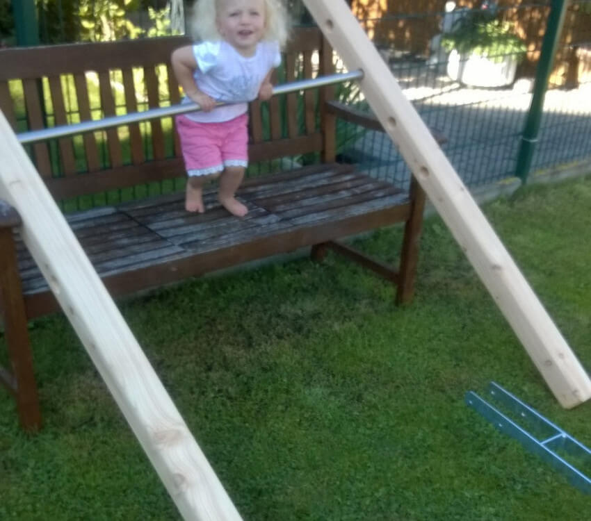 Sophie can't wait – the training bars have arrived